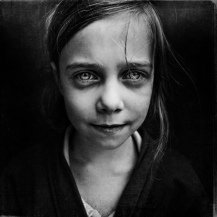 Portraits-of-Homeless-Lee-Jeffries_18
